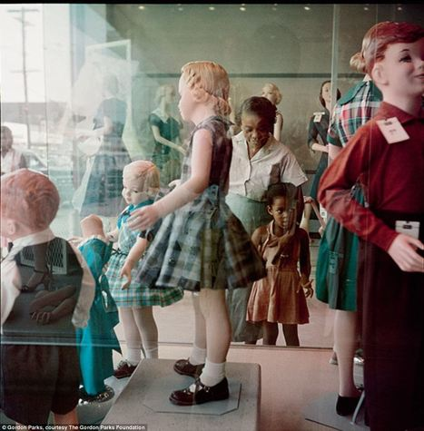A country divided: Stunning photographs capture the lives of ordinary Americans during segregation in the Jim Crow south | Daily Mail Online | Remember the Titans | Scoop.it