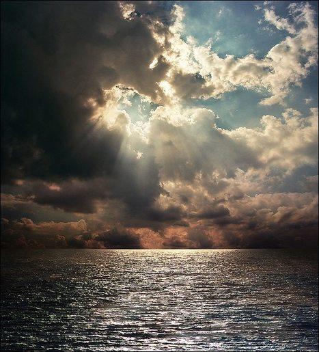 de entre las nubes..... by Katarina   LOVELY   Scoop.it