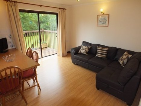 Blagdon Farm Holidays - Woodpecker Lodge, accommodation for disabled in Beaworthy, Devon, United Kingdom - Handiscover | Accessible Tourism | Scoop.it