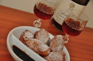 Orange Ricotta Fritters with Vino Cotto | Le Marche and Food | Scoop.it