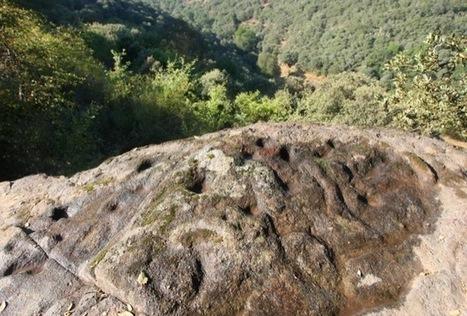 Un paseo por la provincia de León... entre petroglifos - ileon.com   Megalitos, cantales, bolos y peñas. Petroglifos. Piedras sagradas.   Scoop.it