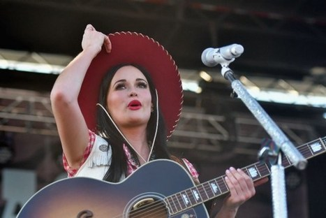 Kacey Musgraves Embarking on First Christmas Tour | Country Music Today | Scoop.it