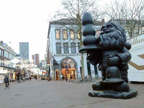 "Paul McCarthy's ""Buttplug Gnome"" 