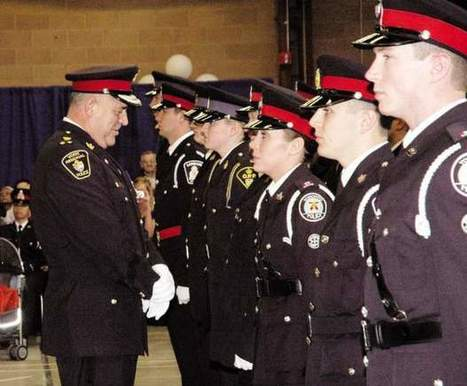 Growing number of women on Canadian police forces no match for 'old boys' club,' researcher finds | Gender and Crime | Scoop.it