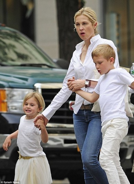 Kelly Rutherford: Just Another Protective Mother | Stop Abuse Campaign | Corruption in Family Courts | Corrupcion en los juzgados de familia | Scoop.it