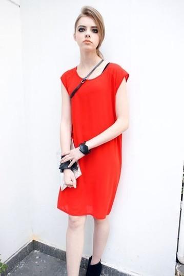 Wholecolored Sleeveless Chiffon Dress with a Belt - OASAP.com | Online Fashion | Scoop.it