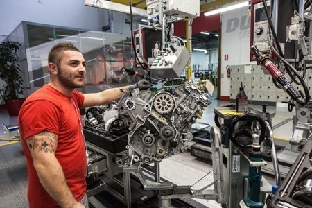 Inside the Ducati factory: Building the 1199 Panigale from the ground up | Ductalk Ducati News | Scoop.it