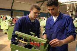 La JCyL destina 1 millón de euros a un programa de prácticas para jóvenes en empresas. | Ecoturismo Innovador | Scoop.it