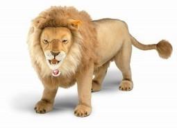 Stuffed Lions, The Proud Plush Prowlers - Plush Hub | Cute Teddy Bears & Stuffed Animals | Scoop.it