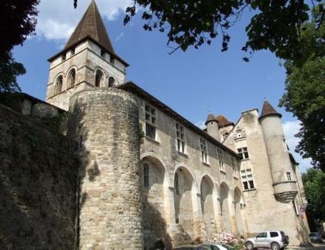 Saint-Céré peut céder le château de Carennac | Autour de Carennac et Magnagues | Scoop.it