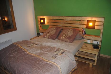 Pallet bed and headboard   Minha cama   Scoop.it