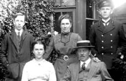BBC - History: Home Front: World War One | DSC Library | Scoop.it
