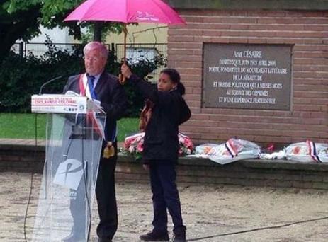 Pierrefitte : le maire porte plainte après le détournement d'une photo   Le Parisien   Désinformation   Scoop.it