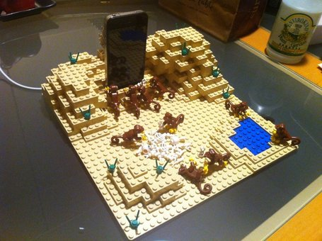 2001: A Space Odyssey Scene in LEGO as iPhone Dock | Digital Pop Art | Scoop.it