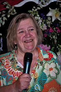 'Two Fat Ladies': Clarissa Dickson Wright dies at 66 | Trending News | Scoop.it