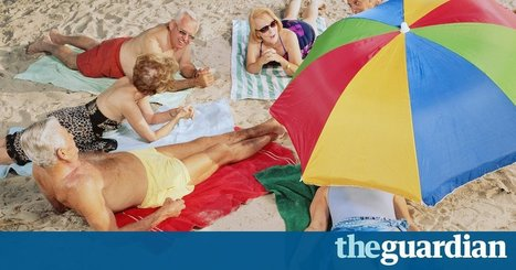 Towel wars: Italy to fine tourists for saving a spot on the beach | AP HUMAN GEOGRAPHY DIGITAL  STUDY: MIKE BUSARELLO | Scoop.it