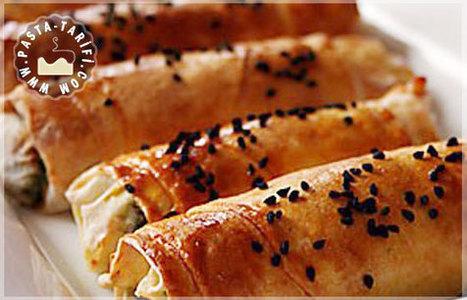 Ispanaklı Peynirli Börek Tarifi | Poğaça Tarifleri - Börek Tarifleri | Scoop.it