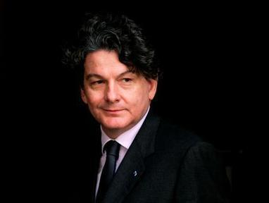 "Pour Thierry Breton, ""il ne faut pas rater le train"" du cloud 