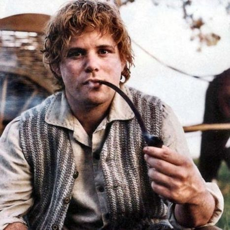 Hobbit film 'advertises smoking' to youngsters   CigaretteZoom.com - Zoom on cigarettes   Cigarettes Guide   Scoop.it