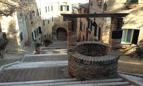 Corinaldo tra scale, Sante e burloni. | Le Marche un'altra Italia | Scoop.it