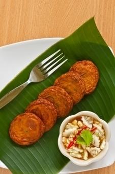 Crab Cakes Recipe | Fish Starters | Best Easy Recipes | Scoop.it