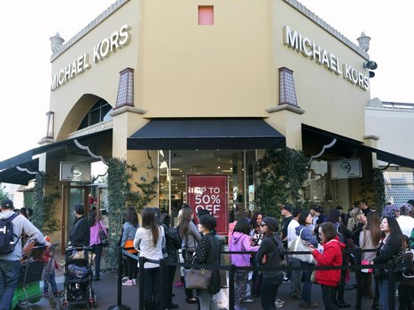 The CEO of Michael Kors, in 2 sentences, lays out why brick-and-mortar retailers are doomed   I can explain it to you, but I can't understand it for you.   Scoop.it