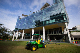 Farming smarter with AgBots | Queensland University of Technology | Cultibotics | Scoop.it