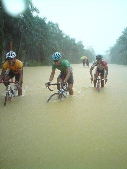 Twitter / CotswoldOutdoor: Hope your journey to work was ... | Bike Bath | Scoop.it