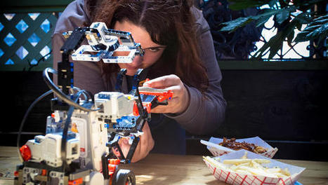 Facebook, Pandora, Flickr, Autodesk Go Head To Head In Lego's Robot Building Competition | Digital Sailing | Scoop.it