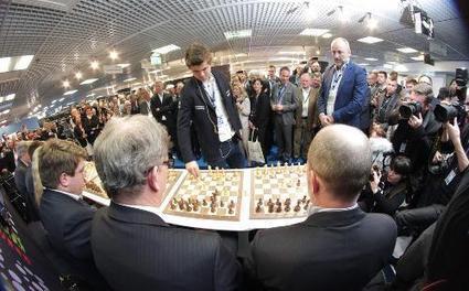 Le champion du monde d'échecs en démonstration à Cannes - Nice-Matin | Jeu d'échecs généralités | Scoop.it