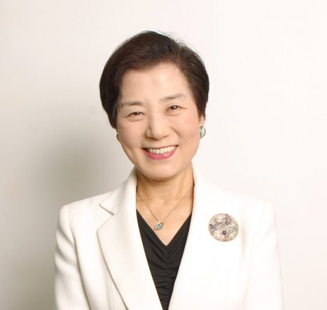 "For Japan to grow, we need to mobilise an army of female entrepreneurs"" - Yoshiko Shinohara 