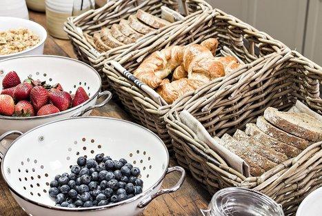 At value-focused hotels, the free breakfast gets bigger | Kickin' Kickers | Scoop.it