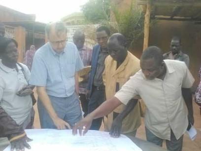 Approvisionnement des quartiers périphériques en eau potable : Le directeur eau Afrique de l'Ouest de la Banque mondiale en visite de terrain | water news | Scoop.it