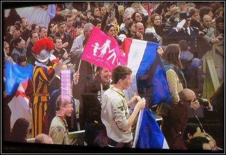 La France LMPT au Vatican pour la bénédiction URBI ET ORBI   Tous pour le mariage   Scoop.it