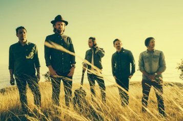 5 Crossover Christian Bands Making a Difference in Mainstream Music | interlinc | Scoop.it