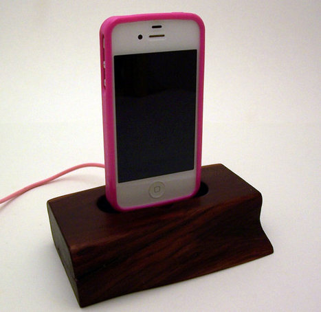 Pink Corded Wood iPhone Dock ICN171 by rockapplewood on Etsy | iPad and iPhone Gifts, Gift Guides and Ideas | Scoop.it