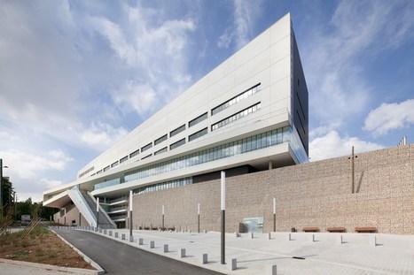 Villeneuve-Saint-Georges Hospital / Atelier d'architecture Michel ... - Plataforma Arquitectura   retail and design   Scoop.it