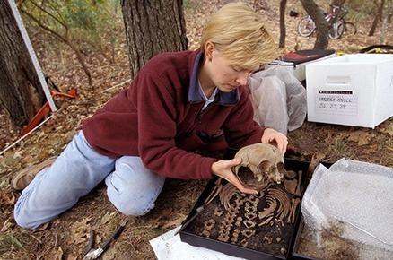 Forensic Anthropology: Bone Whispering featuring Kari Bruwelheide | FOOD TECHNOLOGY  NEWS | Scoop.it