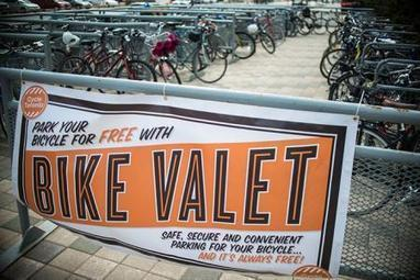 OH YEAH! Bike Valet at TIFF opening weekend | Cycling Tigers | Scoop.it