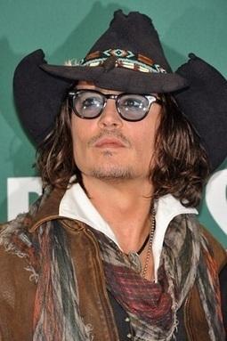 Celebrities in Glasses: 15 Photos of Stars with Glasses. | LASIK blog | Eyeglasses and Celebrities | Scoop.it