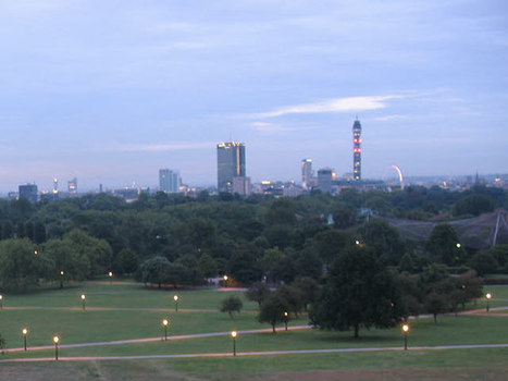 Primrose Hill - view at dawn:: OS grid TQ2783 :: Geograph Britain and Ireland - photograph every grid square! | The Royal Parks of London | Scoop.it