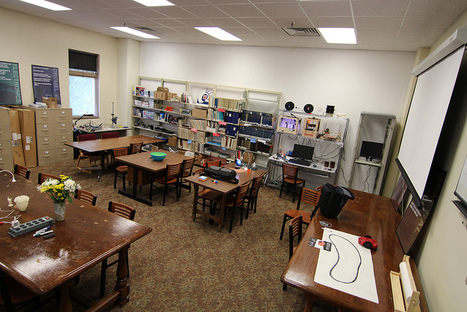 Makerspaces Move into Academic Libraries | Makerspace Resources | Scoop.it
