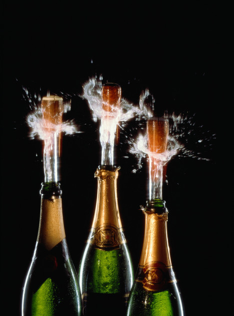 What Is the Best Way to Pour Champagne? | Champagne Actu | Scoop.it