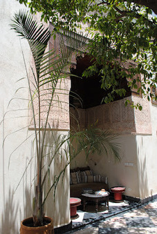 The lush internal courtyard of a riad | Arts & luxury in Marrakech | Scoop.it