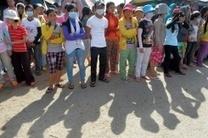 Mass fainting at Cambodian garment factories renews concerns | Asian Labour Update | Scoop.it