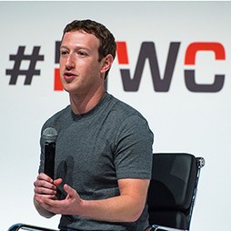 Zuckerberg and Others Discuss Growing the Internet | MIT Technology Review | Gouvernance web - Quelles stratégies web  ? | Scoop.it