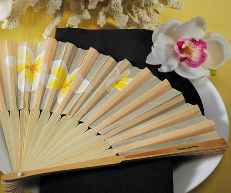 Tropical Fan with Romantic Plumeria Floral Details (Set of 6) | Wedding Ideas | Scoop.it