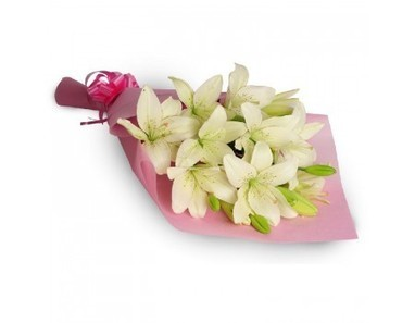 White Lilies Bunch | 12 Red Roses N 2kg Fruit Basket | Scoop.it