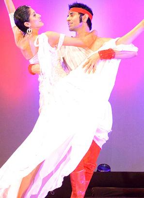 Sandip Soparrkar and Jesse Randhawa steal Sonal Mansingh's show! | Online Gossips | Scoop.it