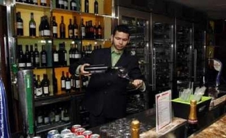 Egypt's ruling Islamists move to ban selling of alcohol | Égypt-actus | Scoop.it